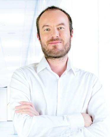 Dr. Juraj Mláka | back pain treatment