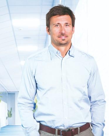 Dr. Michal Matias | back pain treatment