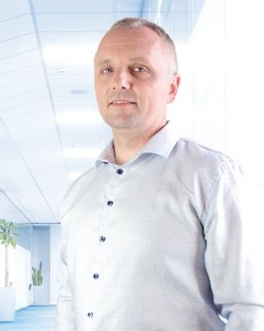 Dr. Peter Lenčéš | back pain treatment